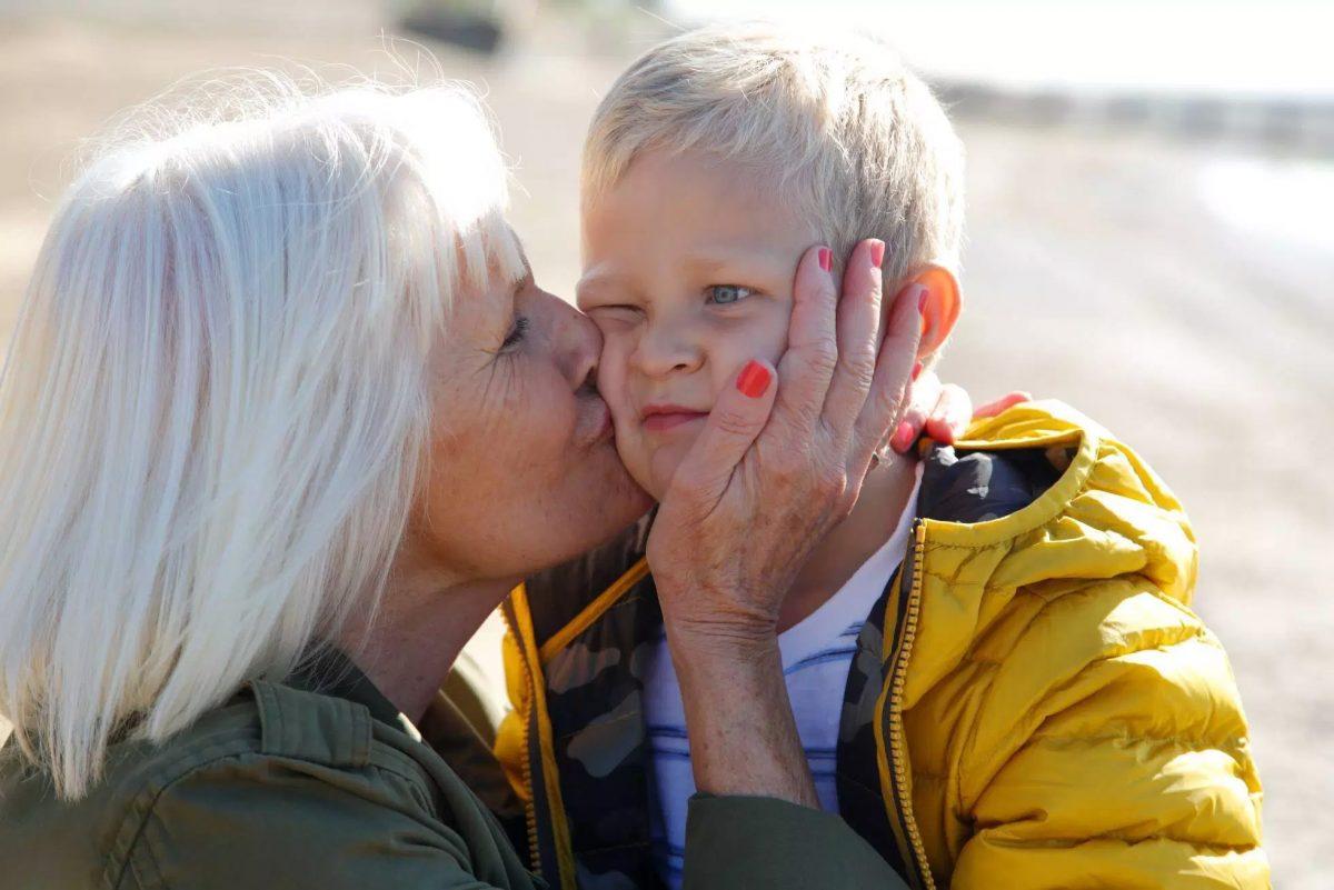 No obligues a tu hijo a dar un beso