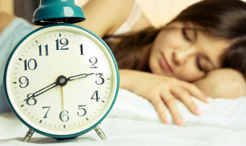 Dormir más los fines de semana no ayuda